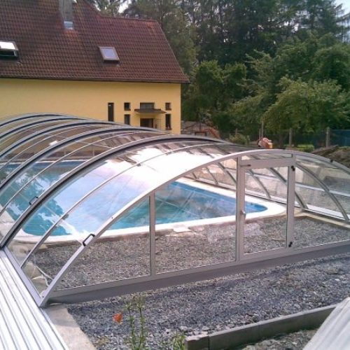 Zastřešení bazénů